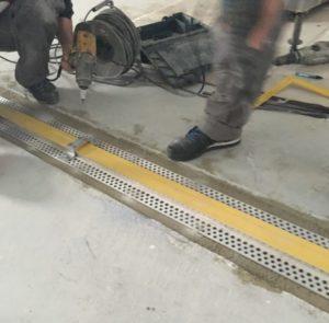 Vgradnja dilatacijskega profila na industrijskem tlaku
