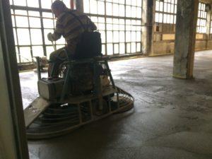 strojno zaglajen beton